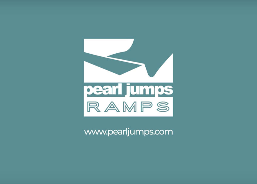 Pearl Jumps Commercial